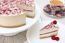 Raw white choc raspberry cheesecake