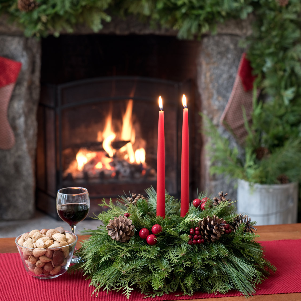 Exceptional New England Maine Christmas Centerpiece With Pine Cones, Faux Berries And  Cherries, And Holly Part 24