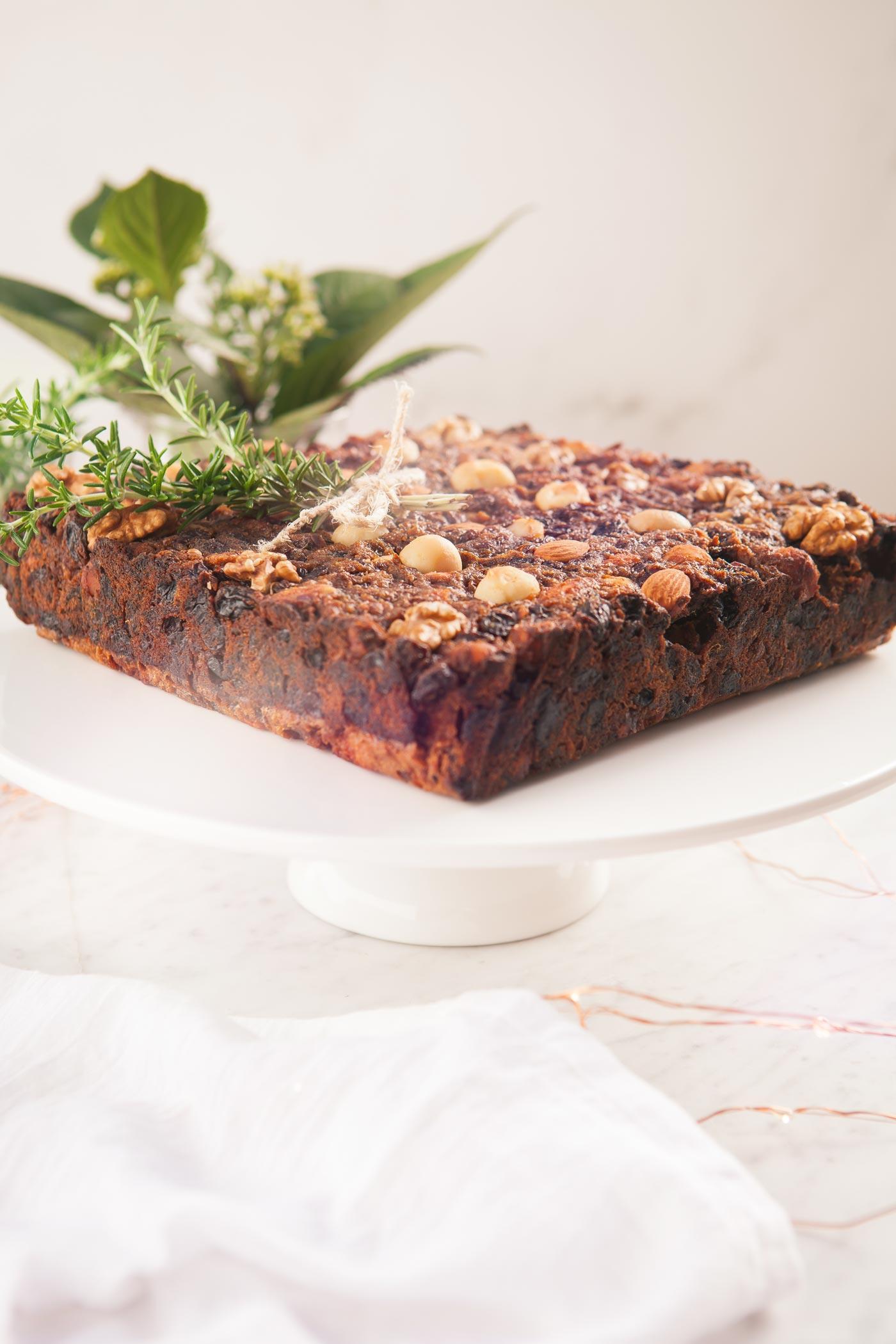 healthy-gluten-free-christmas-fruit-cake-vegan-11.jpg