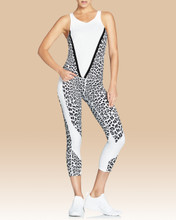 Whitney Crop Tights in White Leopard   Vie Active at Fire and Shine   Capris