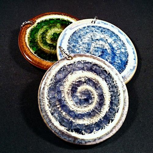 pendants swirl
