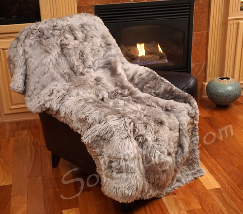4 x 6 Suri Alpaca Fur Throw in Cool Gray