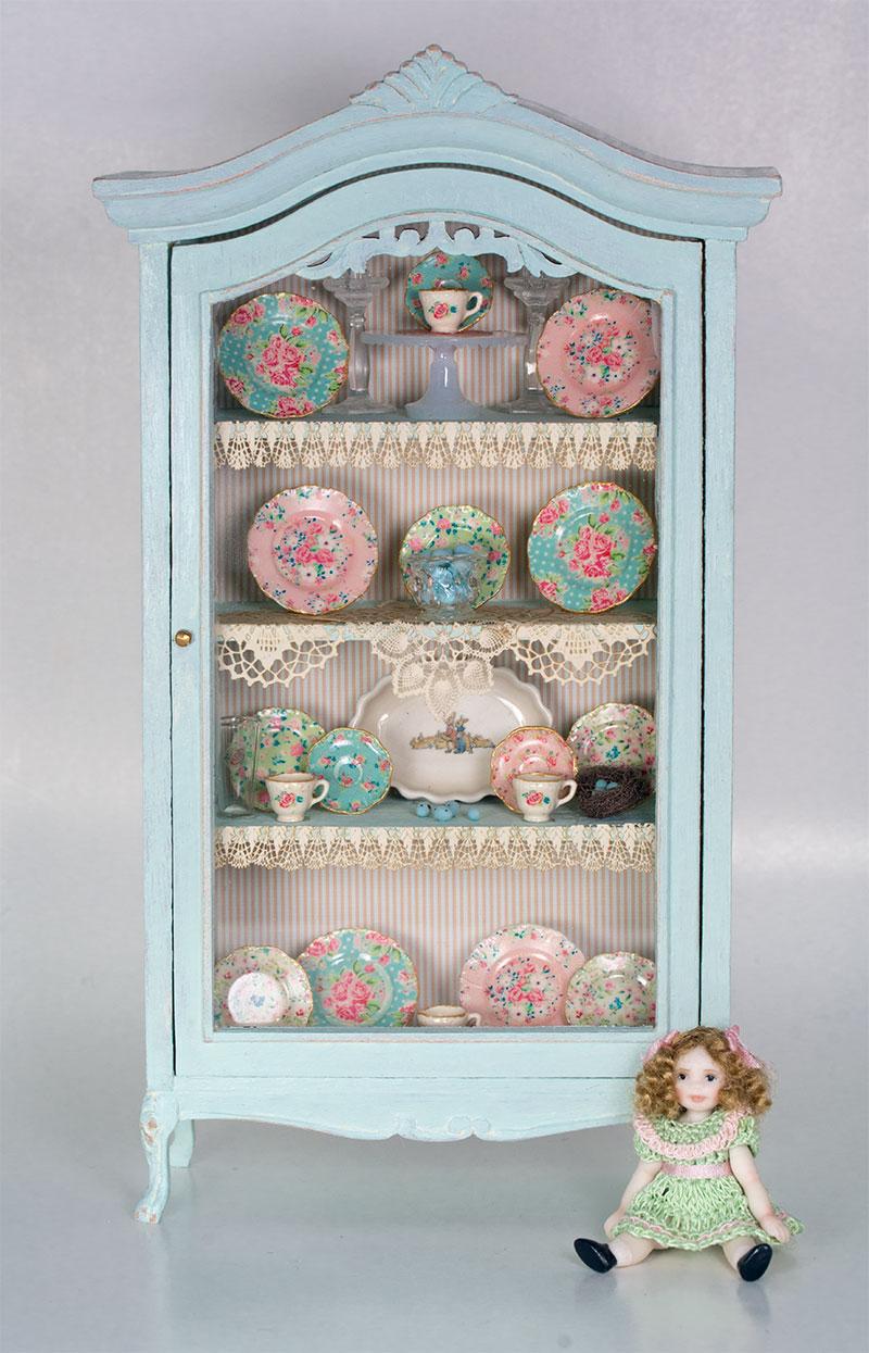 blue-cabinet.jpg