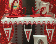 Valentine Shelf Edging