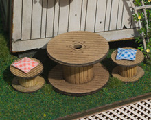 quarter scale, table reel style table and chairs kit