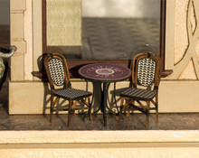 cafe bistro table and chairs kit quarter scale
