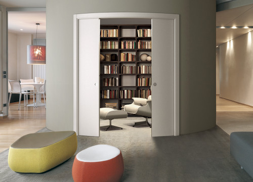 Create a stunning curved room with an Eclisse curved pocket door.