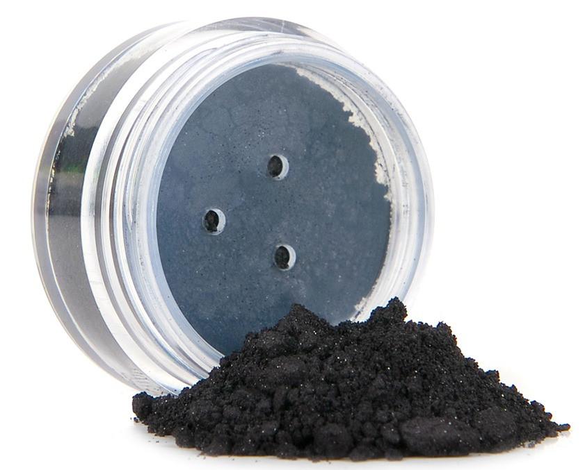 black mineral eye liner
