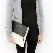 Embossing geometric pattern clutch bag