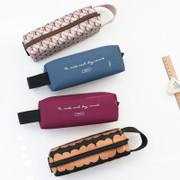 Iconic Plain handy strap pencil case