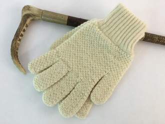 Holdtight Hunter oiled wool gloves for men and women.