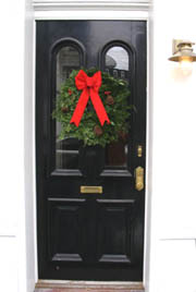 wreath-full-door6.jpg