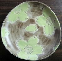 Urban Chic Whimsical Lime Green Flower Tan Plate S