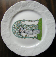 French Art Nouveau Lady Hat Aqua Trellis Vine Plate