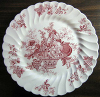 Red Pink Toile Rose Fruit Basket Grape Leaves Swirl Edge Plate S