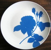 Royal Blue Rose Silhouette Plate B www.DecorativeDishes.net
