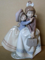 Lladro Figurine Sharing Secrets #5720