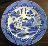 Blue White Chinoiserie Exotic Bird Japan Willow Plate OLD