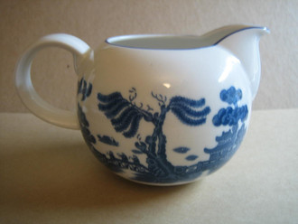 Willow Ware Pitcher England www.DecorativeDishes.net