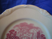 Red Pink OLD Toile River Bridge Men Plate M