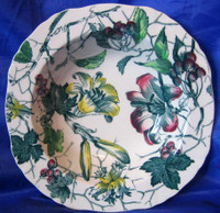 Green Toile Lily Berries Ivy Hand Painted Bowl S