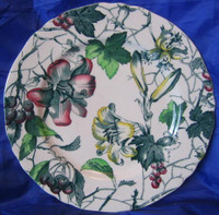 Green Toile Lily Berries Ivy Hand Painted Plate S