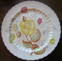 HUGE Yellow Rose Green Leaf Scalloped Edge Vintage USA Platter