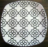 Black on White Moorish Small Medallion Pattern Square Plate Tile M