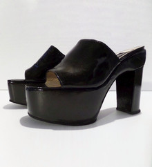 Fashion Show Shoes - FINAL SALE - DOLCE & GABBANA PATENT LEATHER OPEN TOE MULES - SIZE 6.5 (1 AVAILABLE)