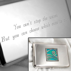 Metal Wallet with Engraved Quote