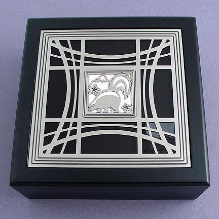 Skunk Jewelry Box - Pearl with Silver Design