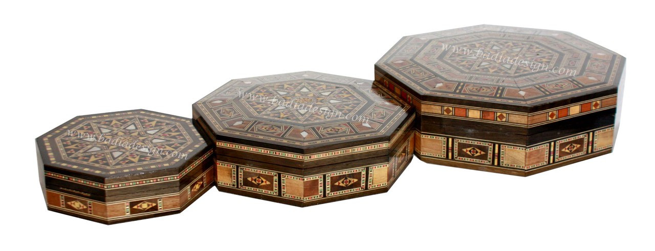 Octagonal Shaped Inlaid Wooden Jewelry Box with a Syrian Design