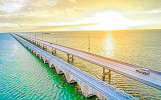 7 Mile bridge crossing while traveling to Key West