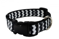 Chevron Black Collar