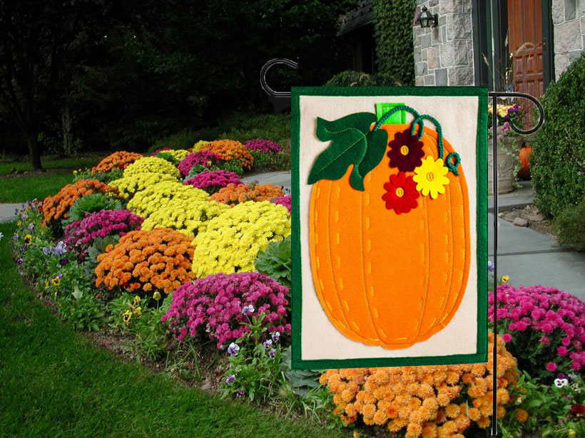 Autumn Pumpkin Felt Garden Flag