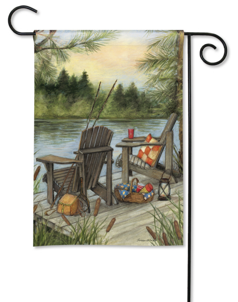 Lakeside Garden Flag