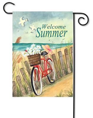 Toland decorative summer garden flag.
