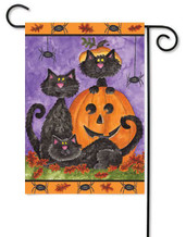 Halloween black cats garden flag