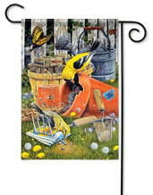 Goldfinch garden flag