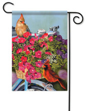 Cardinal couple garden flag