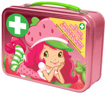 1 Anti-itch cream, 1 pain relief spray, 10 gauze pads, 10 alcohol wipes, 30 bandages, 10 cotton balls, 1 self adhesive wrap, 1 instant cold pack, 8 get well stickers, 1 emergency contact card and 1 collectible tin case!