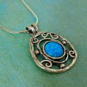 Blue-Eyed Girl Necklace