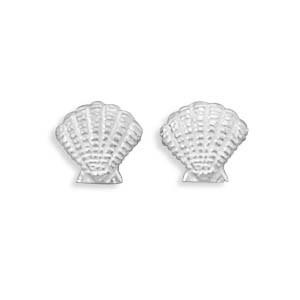 Clamshell Stud Earrings