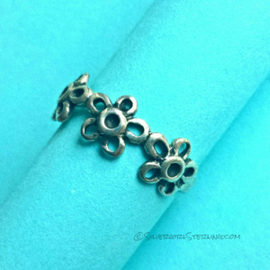 Three Flowers Toe Ring