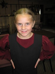 AmishQuilter Amish Girl