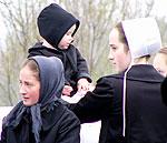 Amish Quilter - Amish Girls