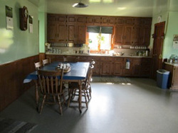 Amish Naomi's Room