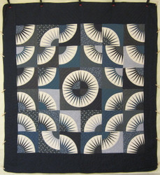 Mariners Kaleidoscope Patchwork Amish Quilt 103x114