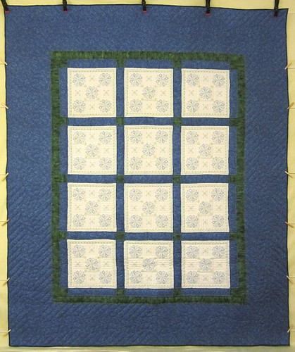 Blue White Embroidered Flowers Amish Quilt 91x104