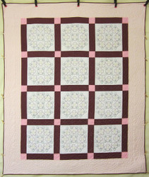Embroidered Flower Bouquet Amish Quilt 88x105